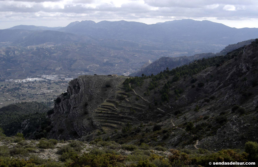 Mas de Llopis y Valle del Serpis