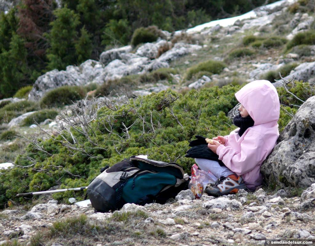 Sarai en la soledad de la montaña