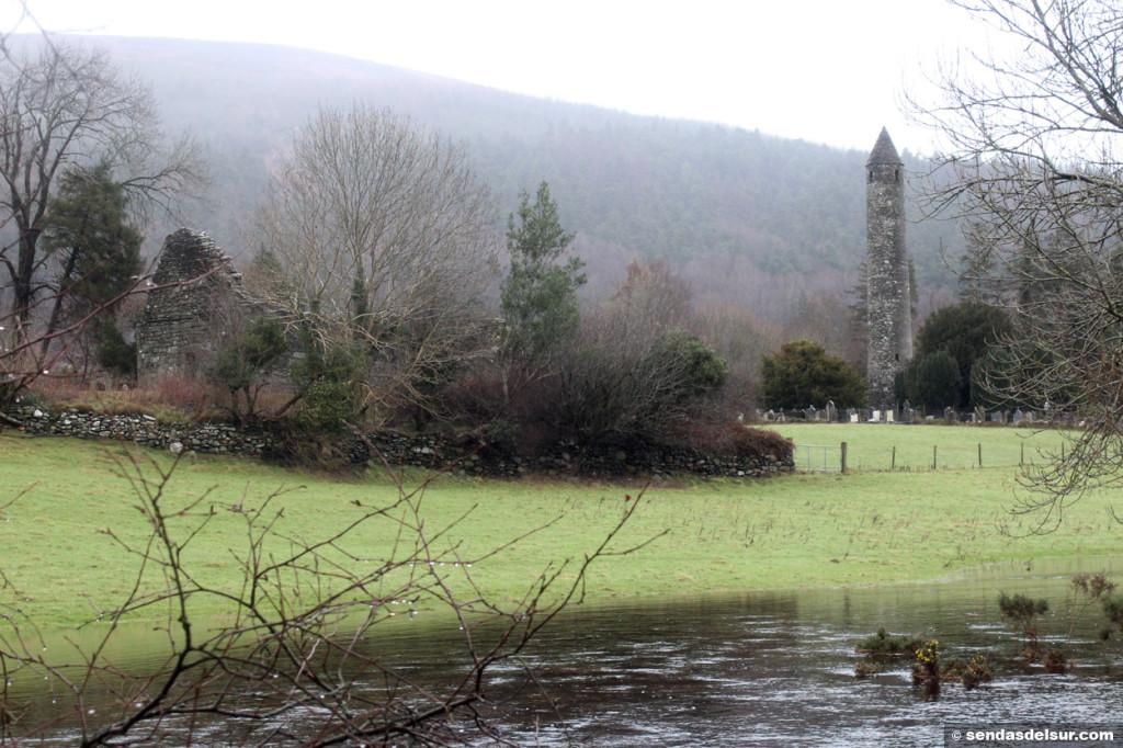 Antigua ciudad monástica de Glendalough